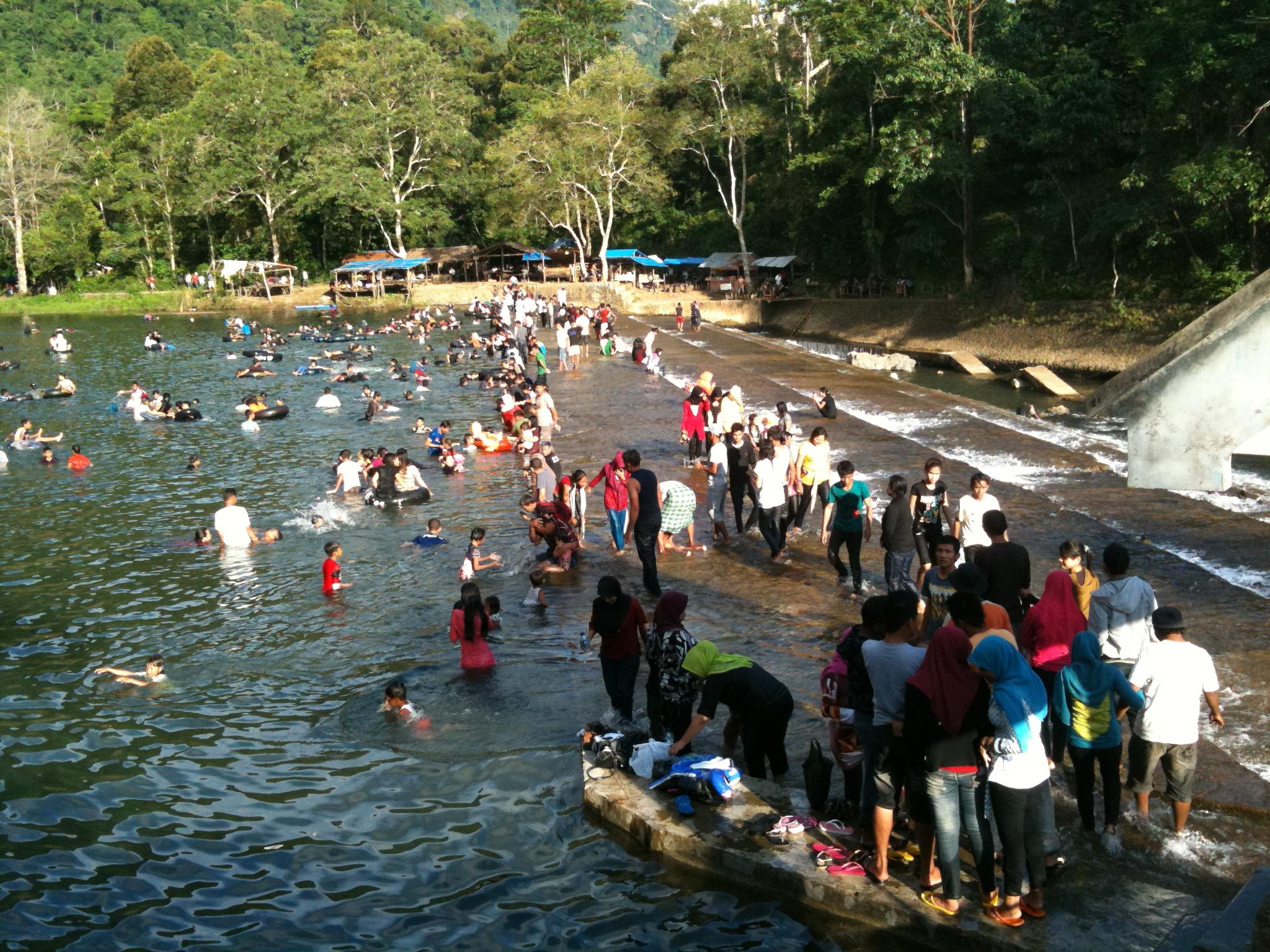 Obyek Wisata Bendungan Beurayeun Aceh Besar Badruddin S Blog